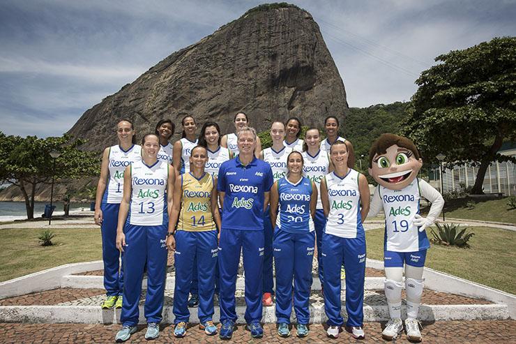 Com Thompson, Rexona apresenta equipe em cartão postal do Rio