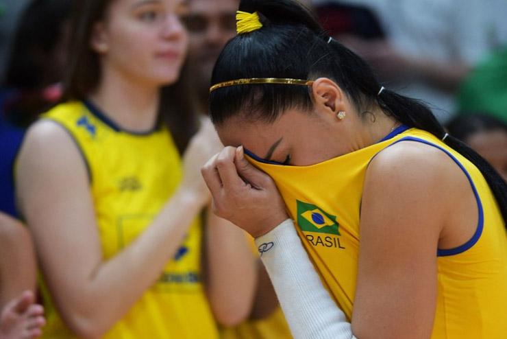 Análise: Por que a mídia trata a queda do Brasil como fracasso