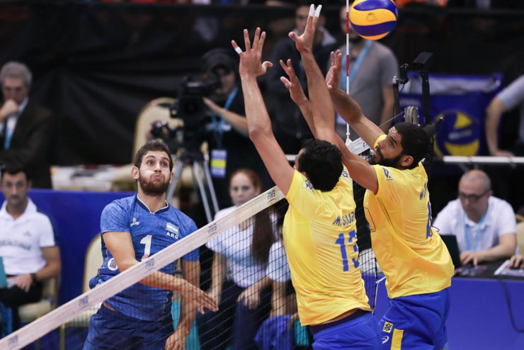 Argentina quebra tabu e vence Brasil pela 1ª vez na Liga Mundial