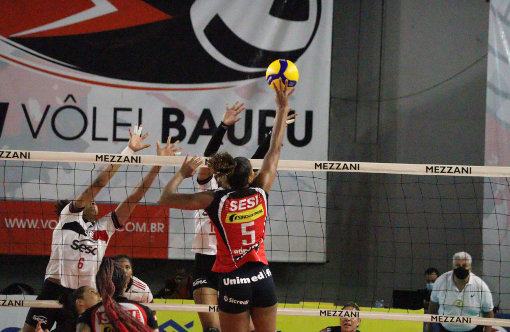 Adenízia Sesi Bauru Sesc Flamengo Superliga 2020/21 Vôlei feminino