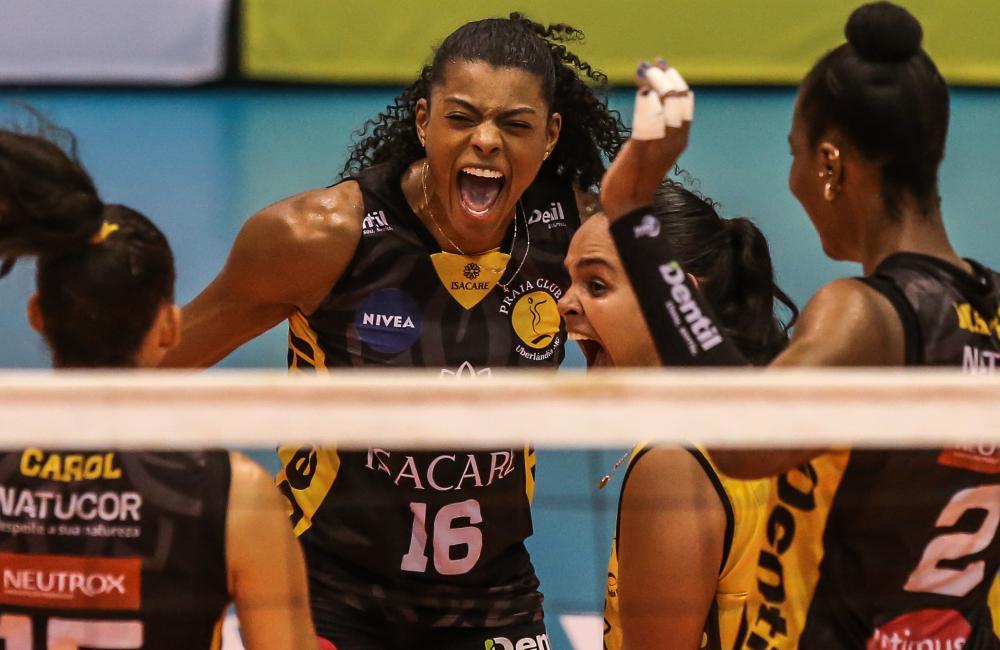 Fernanda Garay Praia Clube Superliga 2020/21