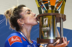 Thaisa Minas campeão Superliga feminina 2020/21