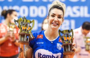 Thaisa se aposenta da seleção brasileira